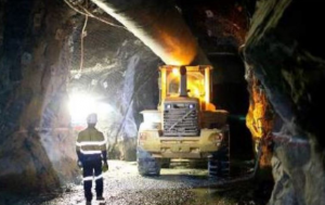 Barrick only top gold miner to see output fall in H1 2014